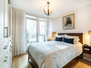 """Photo 15: 808 1351 CONTINENTAL Street in Vancouver: Downtown VW Condo for sale in """"MADDOX"""" (Vancouver West)  : MLS®# R2487388"""