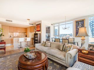 """Photo 5: 808 1351 CONTINENTAL Street in Vancouver: Downtown VW Condo for sale in """"MADDOX"""" (Vancouver West)  : MLS®# R2487388"""