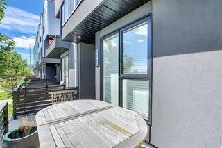 Photo 4: 3543 69 Street NW in Calgary: Bowness Row/Townhouse for sale : MLS®# A1023919