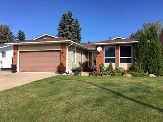 Photo 1: 5236 59 Avenue: Viking House for sale : MLS®# E4213078