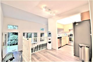 Photo 16: 8834 ROBINS Court in Burnaby: Forest Hills BN Townhouse for sale (Burnaby North)  : MLS®# R2502098