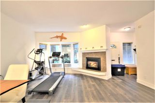 Photo 3: 8834 ROBINS Court in Burnaby: Forest Hills BN Townhouse for sale (Burnaby North)  : MLS®# R2502098