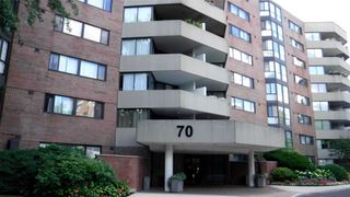 Main Photo: 804 70 Baif Boulevard in Richmond Hill: North Richvale Condo for lease : MLS®# N4927925