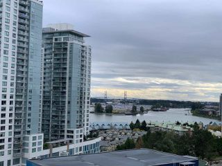 Photo 3: 1801 888 CARNARVON Street in New Westminster: Downtown NW Condo for sale : MLS®# R2502216