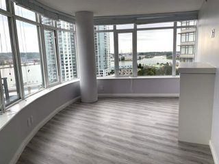 Photo 6: 1801 888 CARNARVON Street in New Westminster: Downtown NW Condo for sale : MLS®# R2502216