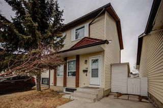 Photo 1: 64 Whitmire Road NE in Calgary: Whitehorn Detached for sale : MLS®# A1055737