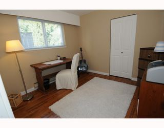Photo 7: 1017 E 11TH Avenue in Vancouver: Mount Pleasant VE House 1/2 Duplex for sale (Vancouver East)  : MLS®# V789077