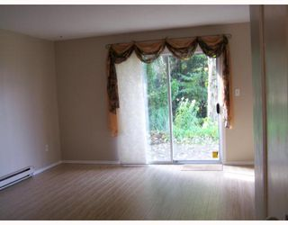 "Photo 5: 48 22412 124TH Avenue in Maple_Ridge: East Central Townhouse for sale in ""CREEKSIDE VILLAGE"" (Maple Ridge)  : MLS®# V731066"