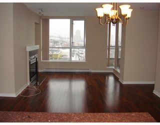 """Photo 3: 1201 2088 MADISON Avenue in Burnaby: Brentwood Park Condo for sale in """"FRESCO"""" (Burnaby North)  : MLS®# V747262"""