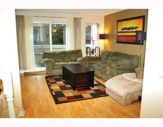"""Photo 2: 19 270 CASEY Street in Coquitlam: Maillardville Townhouse for sale in """"CHATEAU LAVAL"""" : MLS®# V754922"""