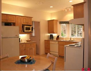 """Photo 17: 21036 45A in Langley: Brookswood Langley House for sale in """"Cedar Ridge"""" : MLS®# F2904316"""