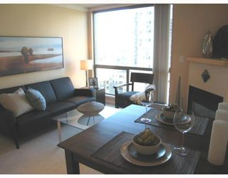 Photo 2: 1306 928 RICHARDS Street in Vancouver: Downtown VW Condo for sale (Vancouver West)  : MLS®# V756853