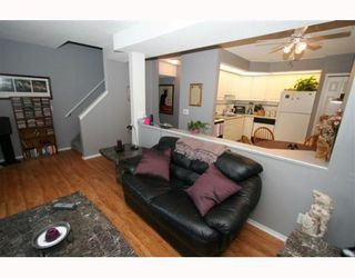 Photo 8: 21 643 4 Avenue NE in CALGARY: Bridgeland Townhouse for sale (Calgary)  : MLS®# C3388435