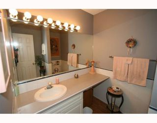 Photo 11: 21 643 4 Avenue NE in CALGARY: Bridgeland Townhouse for sale (Calgary)  : MLS®# C3388435