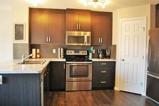 Photo 5: 55 KENSINGTON Close: Spruce Grove House Half Duplex for sale : MLS®# E4171993