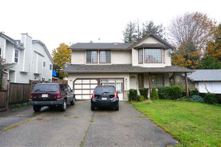 Photo 1: 16215 94 Avenue in Surrey: Fleetwood Tynehead House for sale : MLS®# R2414030