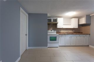 Photo 18: 3216 Rundleside Drive NE in Calgary: Rundle Detached for sale : MLS®# C4303077