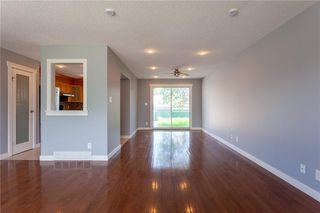 Photo 7: 3216 Rundleside Drive NE in Calgary: Rundle Detached for sale : MLS®# C4303077