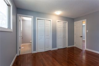 Photo 12: 3216 Rundleside Drive NE in Calgary: Rundle Detached for sale : MLS®# C4303077