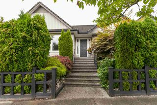 "Main Photo: 21043 85A Avenue in Langley: Walnut Grove House for sale in ""Manor Park"" : MLS®# R2484638"