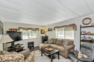 Photo 8: 37 2500 Florence Lake Rd in : La Langford Proper Manufactured Home for sale (Langford)  : MLS®# 855069