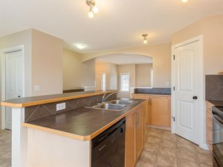 Photo 3: 133 Saddlebrook Way NE in Calgary: Saddle Ridge Detached for sale : MLS®# A1041783