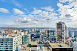 Photo 3: 3903 667 HOWE STREET in Vancouver: Downtown VW Condo for sale (Vancouver West)  : MLS®# R2493374