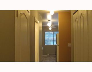 Photo 3: 301 1015 ST ANDREWS Street in New Westminster: Uptown NW Condo for sale : MLS®# V797667