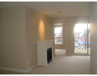 "Photo 3: 408 1633 MACKAY Avenue in North Vancouver: Norgate Condo for sale in ""TOUCHSTONE"" : MLS®# V802096"