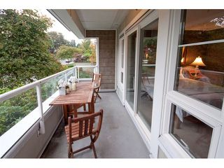 Photo 5: 202 2110 YORK Avenue in Vancouver: Kitsilano Condo for sale (Vancouver West)  : MLS®# V854972