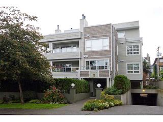 Photo 1: 202 2110 YORK Avenue in Vancouver: Kitsilano Condo for sale (Vancouver West)  : MLS®# V854972