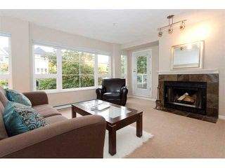 Photo 2: 202 2110 YORK Avenue in Vancouver: Kitsilano Condo for sale (Vancouver West)  : MLS®# V854972