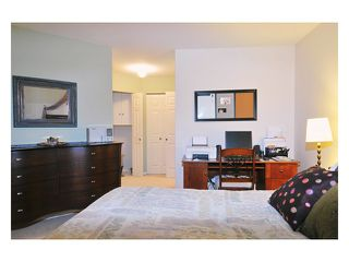 """Photo 8: 212 3075 PRIMROSE Place in Coquitlam: North Coquitlam Condo for sale in """"LAKESIDE TERRACE"""" : MLS®# V855064"""