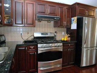 Photo 5: 291 E 24TH Avenue in Vancouver: Main House 1/2 Duplex for sale (Vancouver East)  : MLS®# V868801
