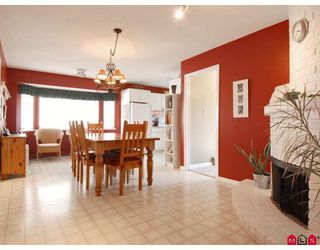 Photo 3: 15340 22ND Avenue in Surrey: King George Corridor House for sale (South Surrey White Rock)  : MLS®# F2825777