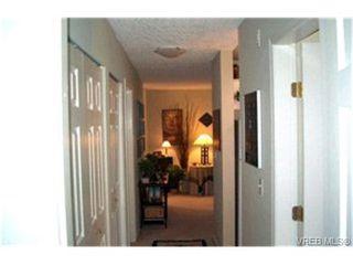 Photo 4:  in VICTORIA: Es Kinsmen Park Condo Apartment for sale (Esquimalt)  : MLS®# 416546