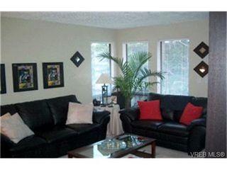 Photo 2:  in VICTORIA: Es Kinsmen Park Condo Apartment for sale (Esquimalt)  : MLS®# 416546
