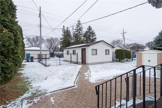Photo 18: 526 Melrose Avenue West in Winnipeg: West Transcona Residential for sale (3L)  : MLS®# 1931877