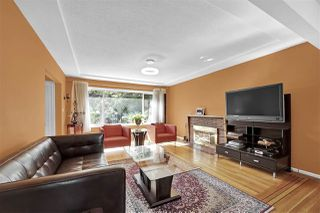 Photo 5: 5652 CHESTER Street in Vancouver: Fraser VE House for sale (Vancouver East)  : MLS®# R2459698