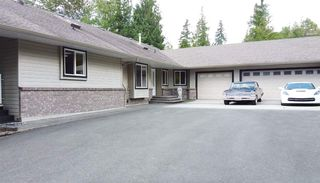 Photo 1: 12236 272 Street in Maple Ridge: Northeast House for sale : MLS®# R2460987