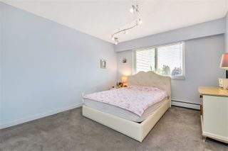 "Photo 15: 301 1429 MERKLIN Street: White Rock Condo for sale in ""KENSINGTON MANOR"" (South Surrey White Rock)  : MLS®# R2470817"
