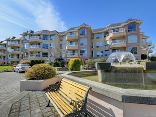 Photo 2: 1129 2600 Ferguson Rd in Central Saanich: CS Saanichton Condo Apartment for sale : MLS®# 835775