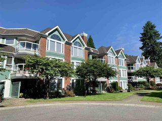 """Main Photo: 308 1675 AUGUSTA Avenue in Burnaby: Simon Fraser Univer. Condo for sale in """"AUGUSTA SPRINGS"""" (Burnaby North)  : MLS®# R2479549"""