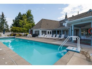 """Photo 20: 29 8737 212 Street in Langley: Walnut Grove Townhouse for sale in """"Chartwell Green"""" : MLS®# R2482959"""