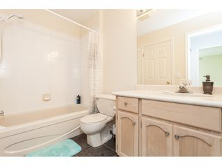"""Photo 16: 29 8737 212 Street in Langley: Walnut Grove Townhouse for sale in """"Chartwell Green"""" : MLS®# R2482959"""