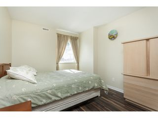"""Photo 15: 29 8737 212 Street in Langley: Walnut Grove Townhouse for sale in """"Chartwell Green"""" : MLS®# R2482959"""