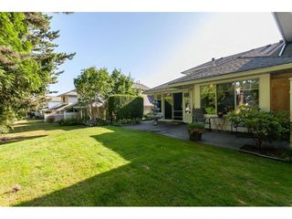 """Photo 17: 29 8737 212 Street in Langley: Walnut Grove Townhouse for sale in """"Chartwell Green"""" : MLS®# R2482959"""