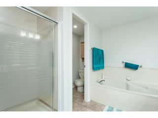 """Photo 34: 29 8737 212 Street in Langley: Walnut Grove Townhouse for sale in """"Chartwell Green"""" : MLS®# R2482959"""