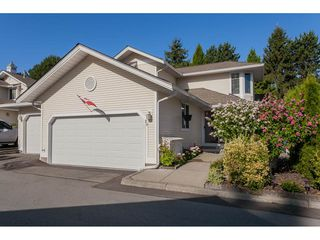 """Photo 21: 29 8737 212 Street in Langley: Walnut Grove Townhouse for sale in """"Chartwell Green"""" : MLS®# R2482959"""
