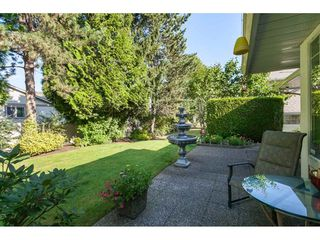 """Photo 18: 29 8737 212 Street in Langley: Walnut Grove Townhouse for sale in """"Chartwell Green"""" : MLS®# R2482959"""